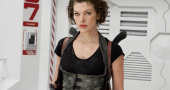 Milla Jovovich and Ali Larter having fun on Resident Evil: The Final Chapter set